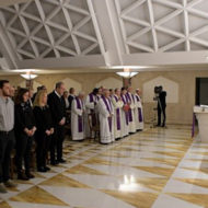 Papa Francisco: 'A preguiça nos deixa paralíticos'